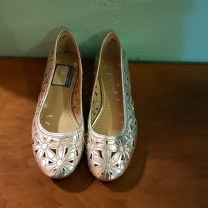 90s daisy ballet shoes silver